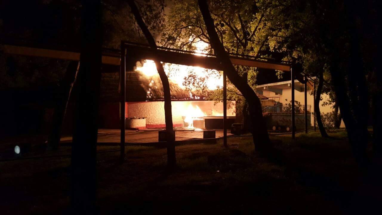 "Požar u ugostiteljskom objektu ""Daylight"" Katoro – Umag 21.04.2016."