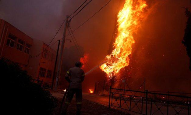 Grčka – katastrofalni šumski požari bjesne u blizini Atene