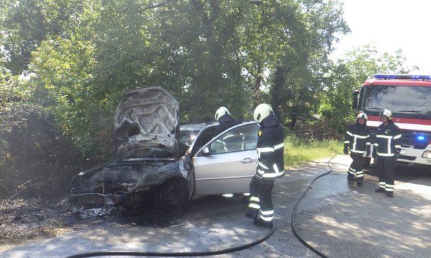 25.07.2018.- ZAPALIO SE AUTO KOD SALTARIJE – GROŽNJAN