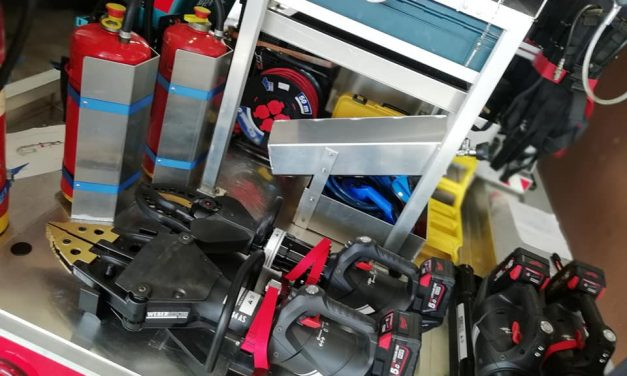 22.02.2019. Ugradnja novog alata i opreme u zapovjedno vozilo 