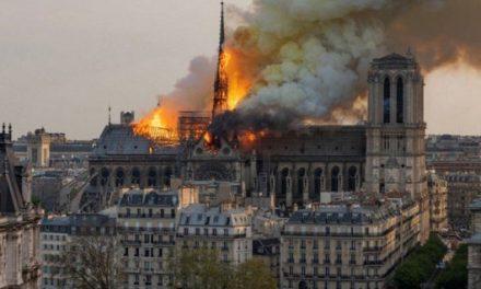 15.04.2019. Požar Pariške katedrala Notre-Dame