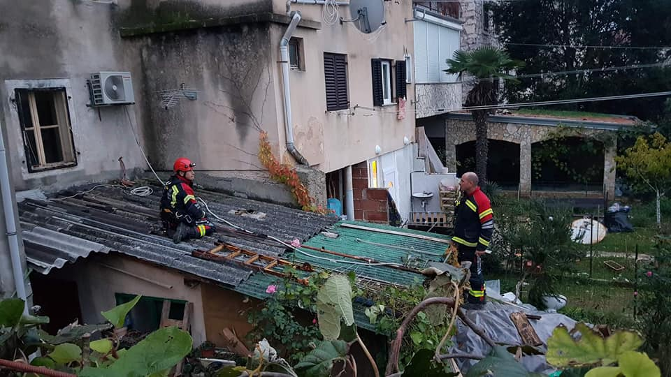 Sanacije na terenu nakon olujnog juga