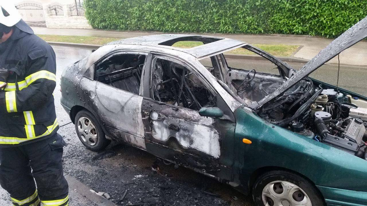Požar automobila u Umagu – 02.05.2016.