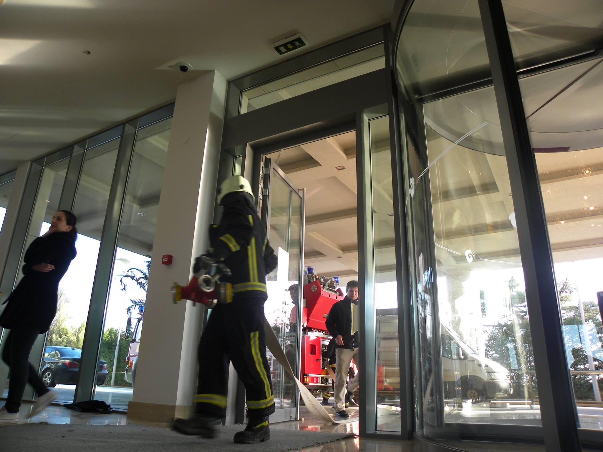 Vatrogasna vježba – Požar kuhinje u hotelu Kempinski